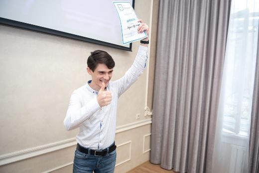 Иностранные студенты ФИПН читали на конкурсе стихи Асадова и Цветаевой