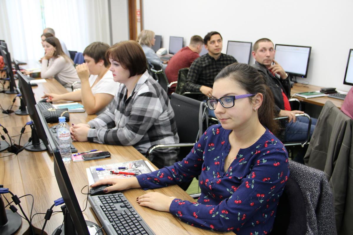 ИЭМ обучает сотрудников томских компаний в рамках нацпроекта