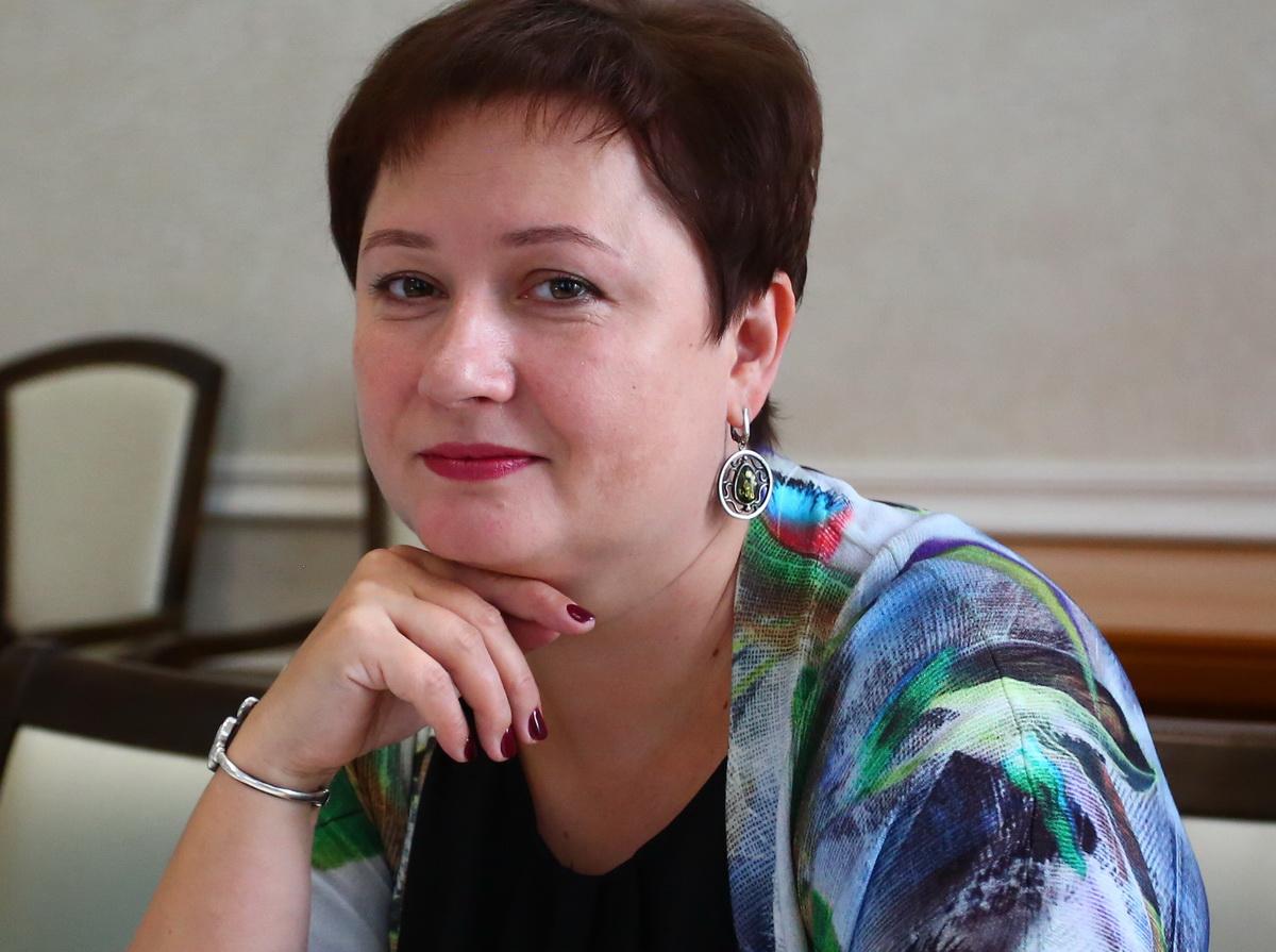 Суханова Елена
