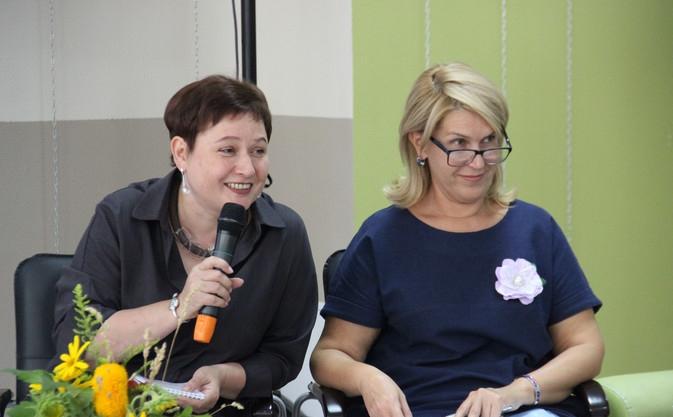 Е.А. Суханова и Л.Г.Смышляева.jpeg