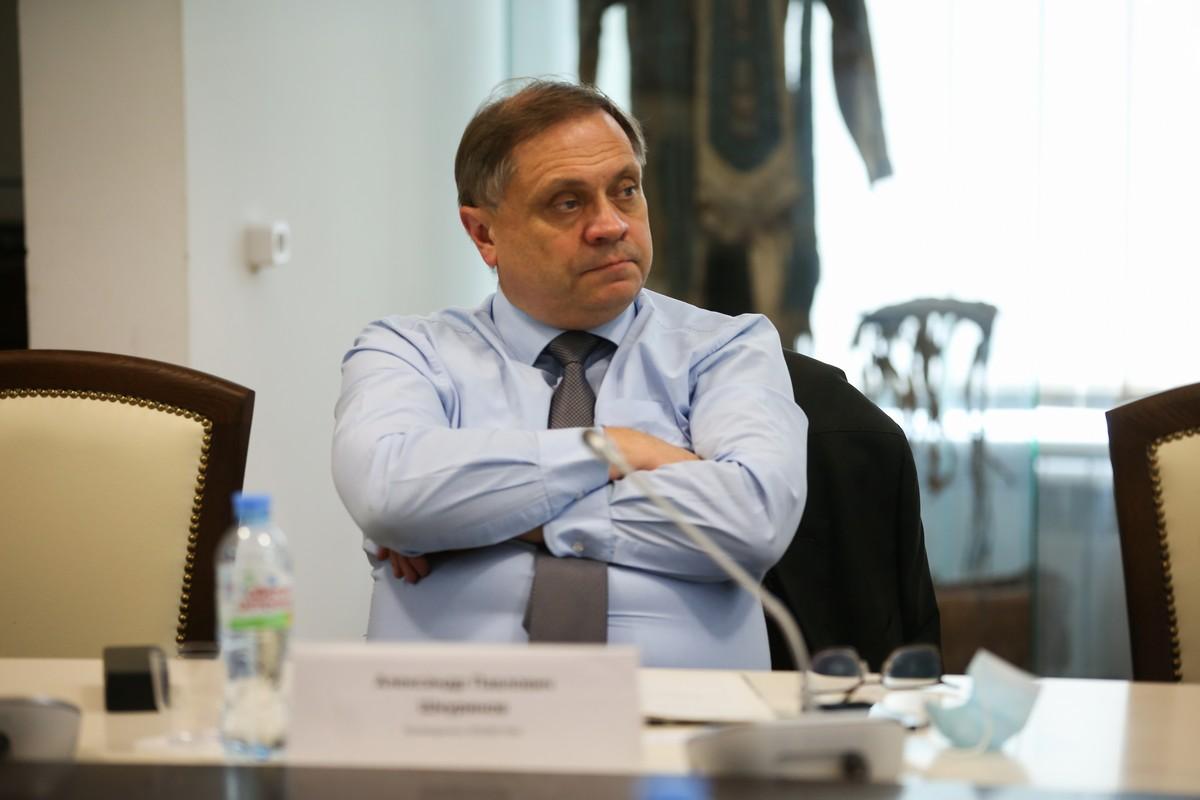 Александр Шкуринов