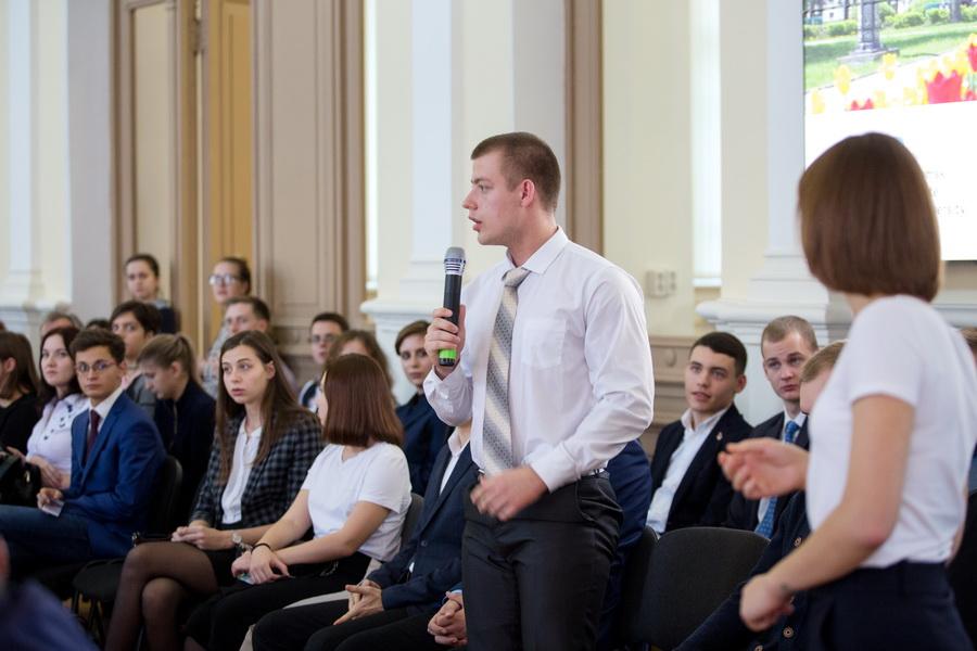 Студенты ТГУ задали вопросы послам стран ЕС