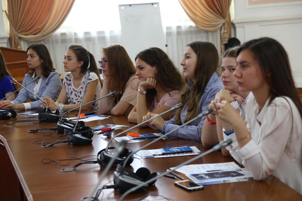 Школьники в ТГУ